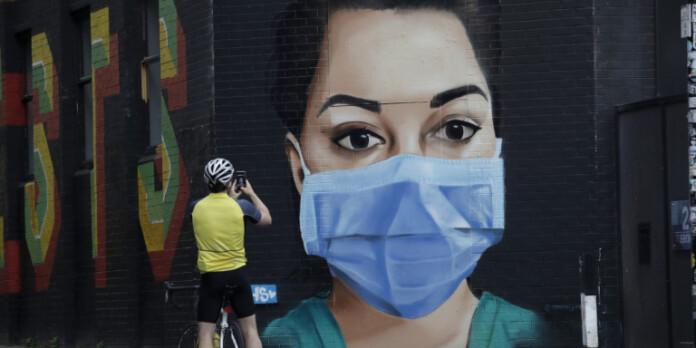 grafitti-maska-koronoios