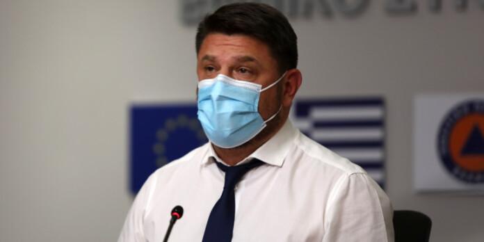nikos-xardalias-gravata-maska